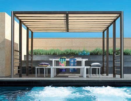 superbe pergola en acier pergolas pinterest pergola acier pergola et balcon. Black Bedroom Furniture Sets. Home Design Ideas