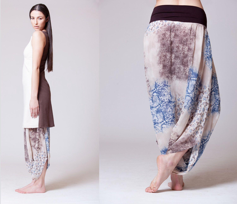 Blue Beige / Brown Harem Pants, Decorative Print, Transparent, Royal Design von MichalRomem auf Etsy https://www.etsy.com/de/listing/195394211/blue-beige-brown-harem-pants-decorative