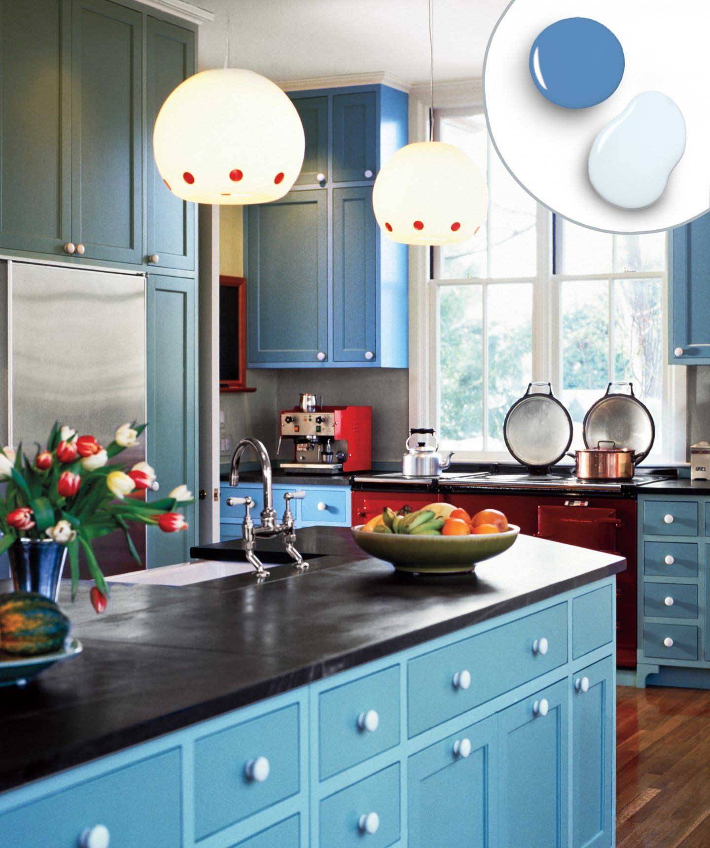 12 Kitchen Cabinet Color Combos That Really Cook Turquoise Kitchen Cabinets Small Kitchen Decor Kitchen Cabinets Color Combination