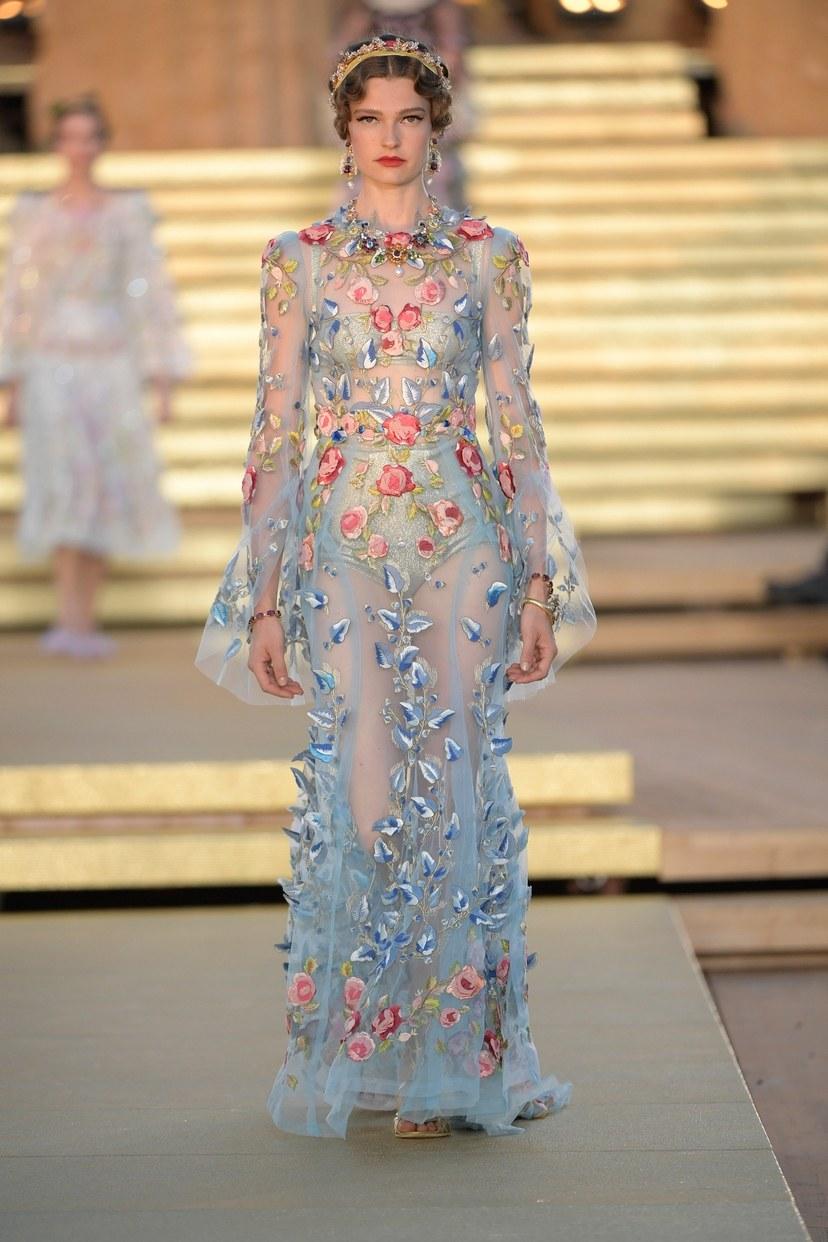 Dolce & Gabbana Haute Couture Autunno-Inverno 2019-2020 – Sfilata di moda | Vogue Paris