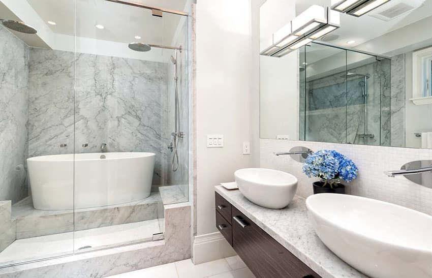 Japanese Soaking Tubs Design Ideas In 2020 Tub Shower Combo Japanese Soaking Tubs Shower Tub