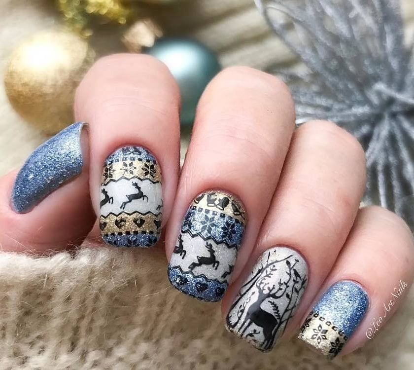 Cool christmas deer stamping nails, mysterious nails, wanna try ...
