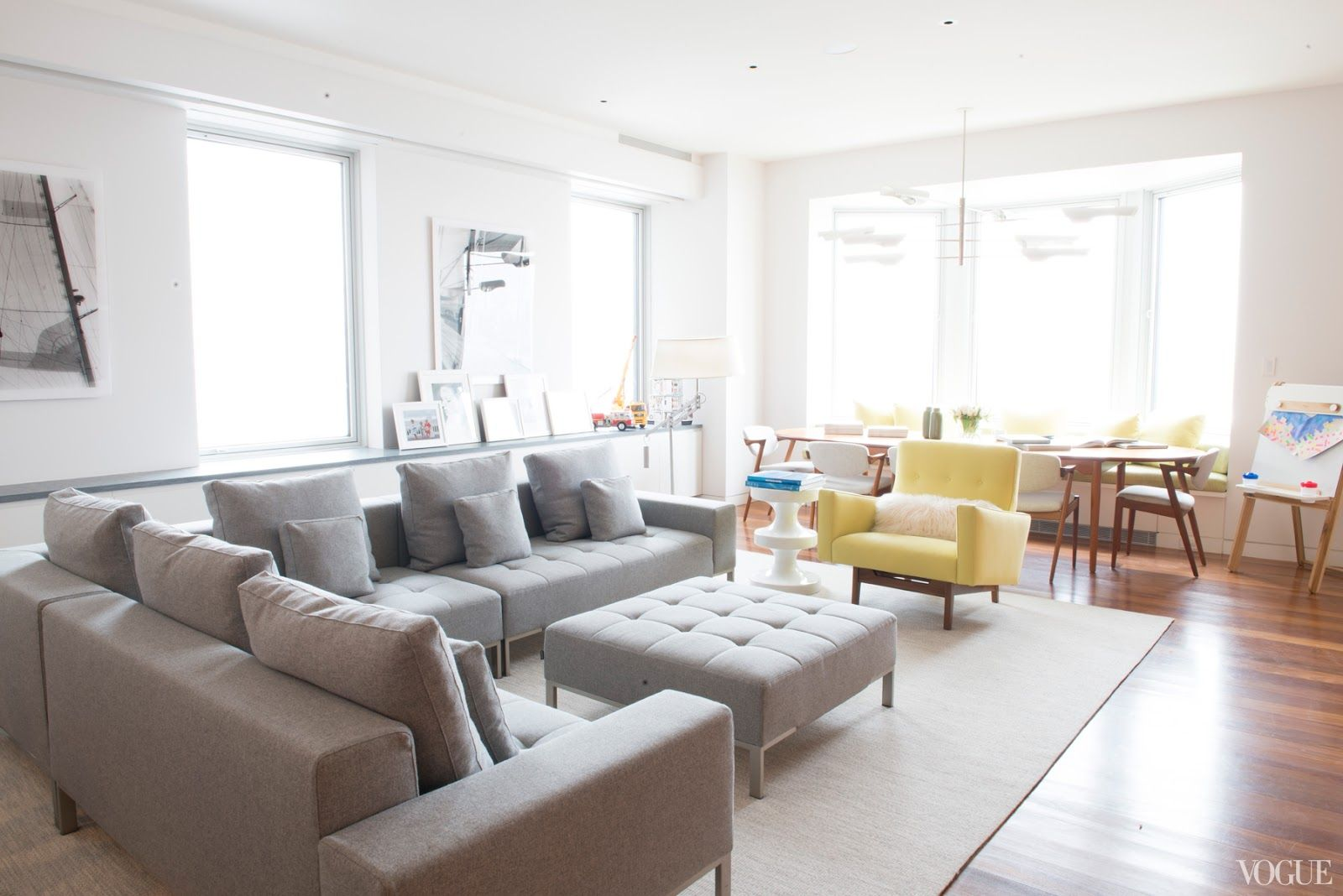 Love The Neutral Living Room With A Little Burst Of Yellow