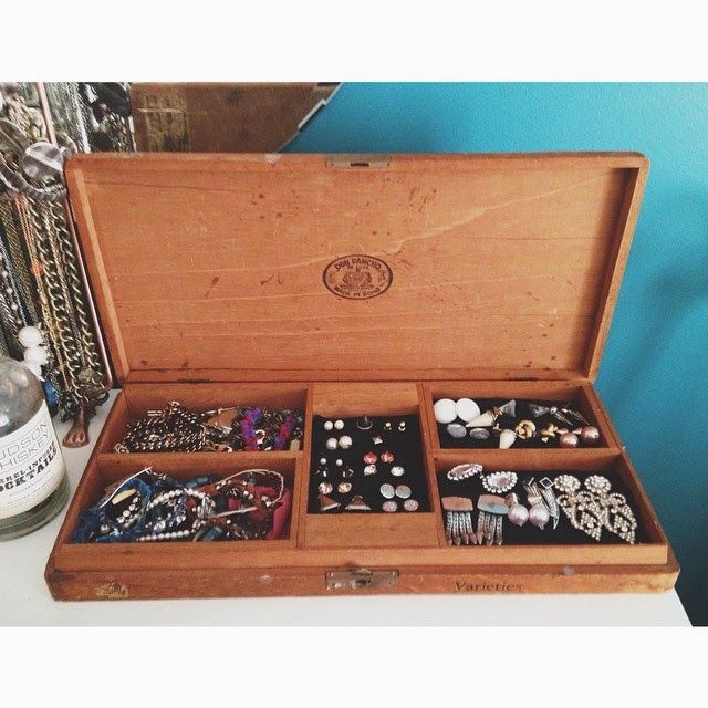 studs and pearls side project Cigar Box Jewelry Holder DIY