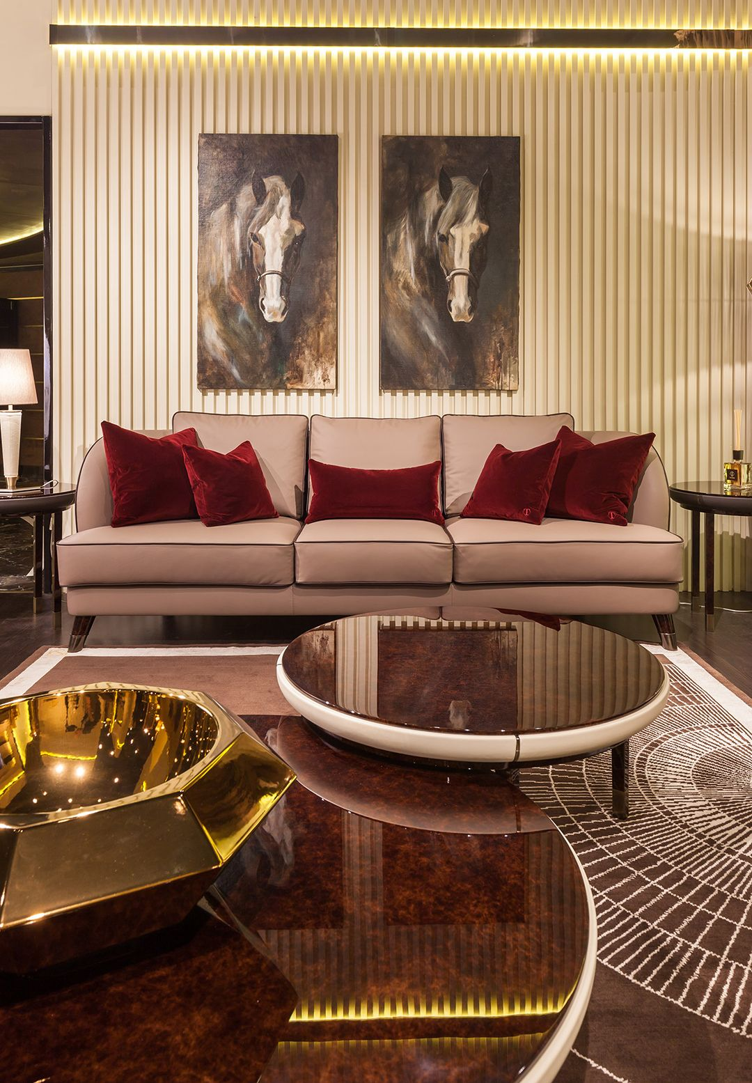 Italian Furniture for exclusive and modern design | welcome ...