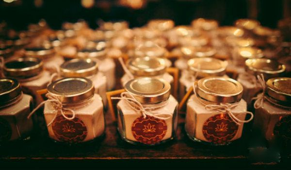 Special Indian Wedding Favor Ideas For Your Guests Fullonwedding Indian Wedding Favors Summer Wedding Favors Diy Wedding Favors Cheap