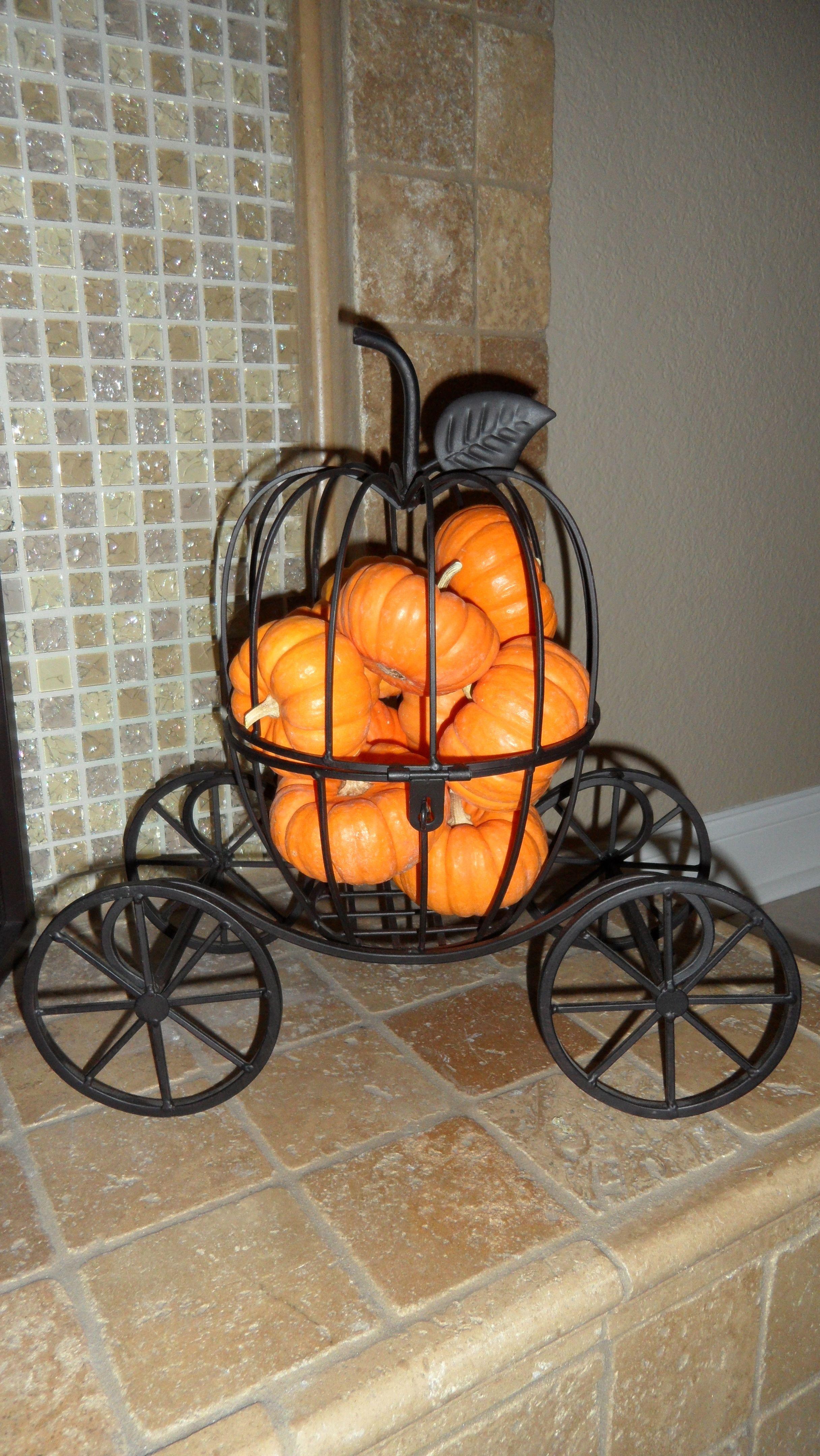 Metal Pumpkin Carriage From Ross I Fill Mine With Mini Pumpkins Love Metal Pumpkins Mini Pumpkins Pumpkin Carriage