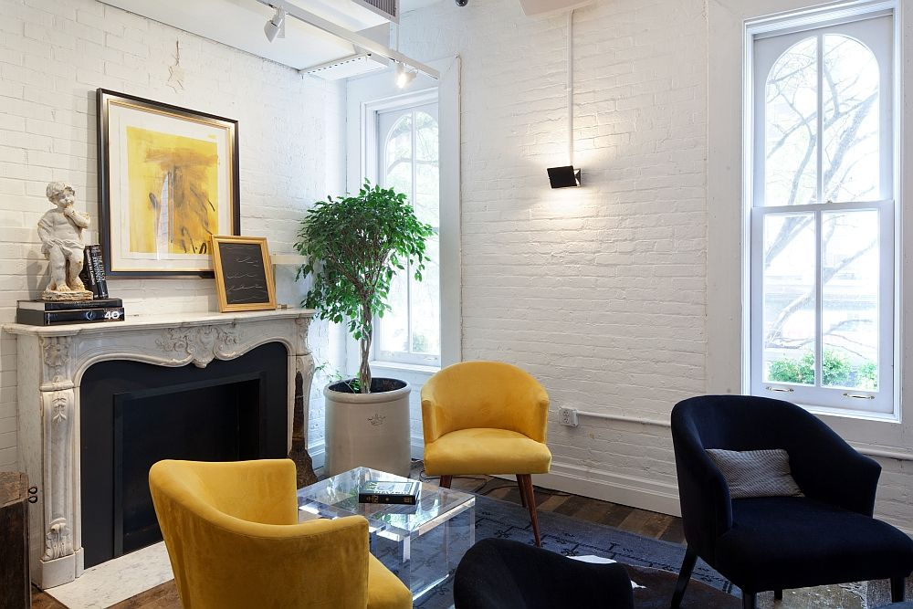 Old NYC Carriage House Renovated Into A Trendy Café New