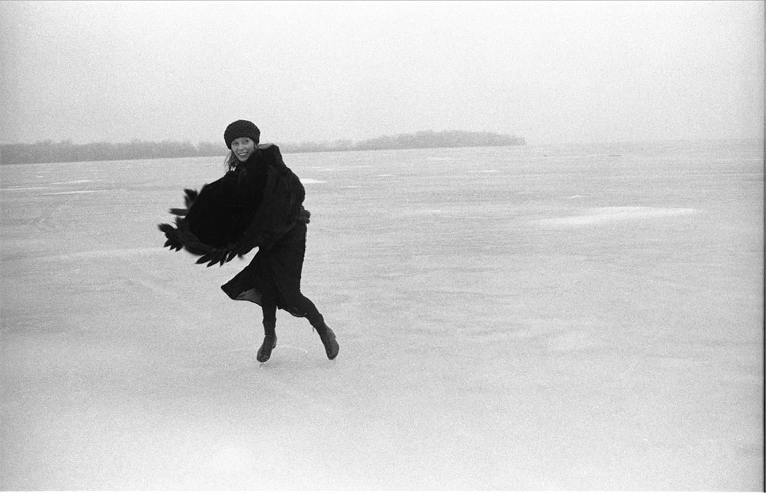 Encounter On Lake Mendota >> Joni Mitchell Skating On Lake Mendota Gatefold For Hejira