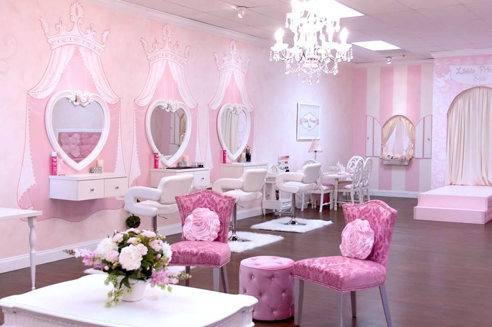 Spa parties for girls located in Boca Raton and Wellington