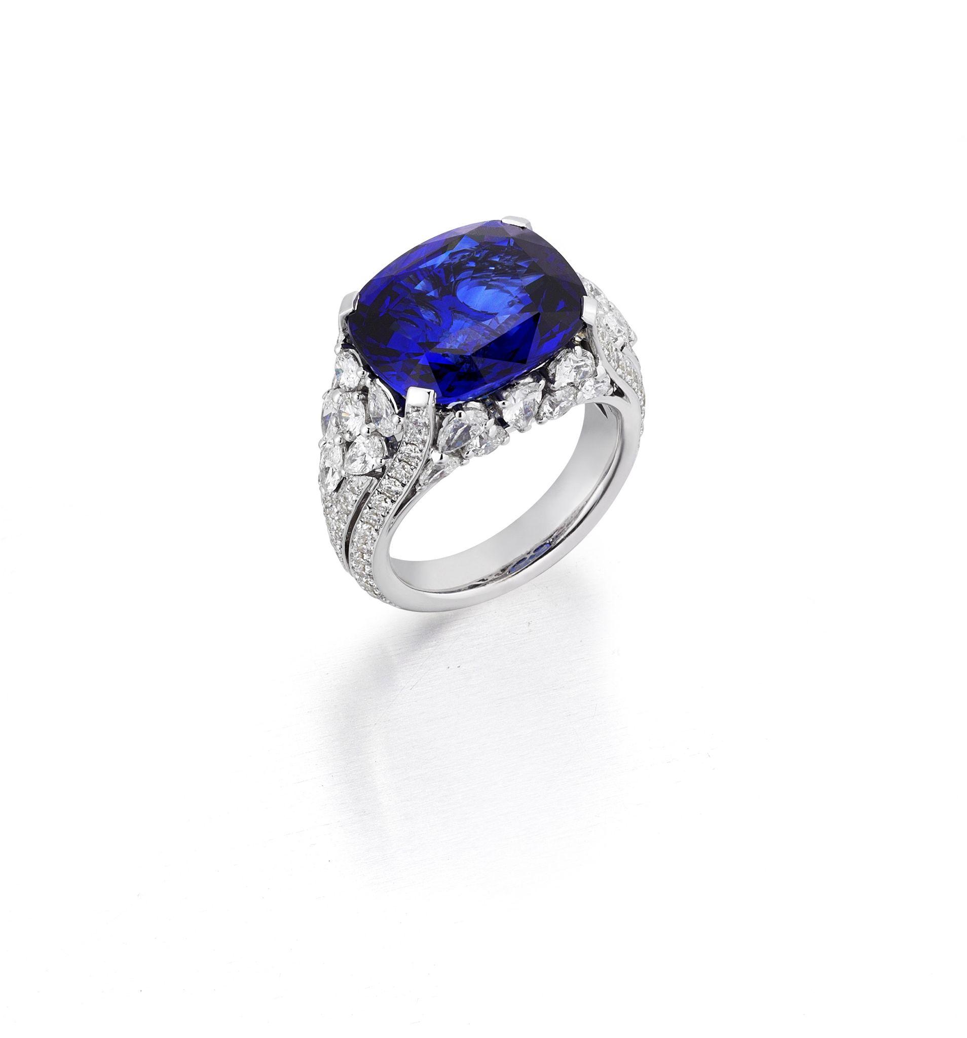 Natural Sri Lanka Sapphire and Diamonds