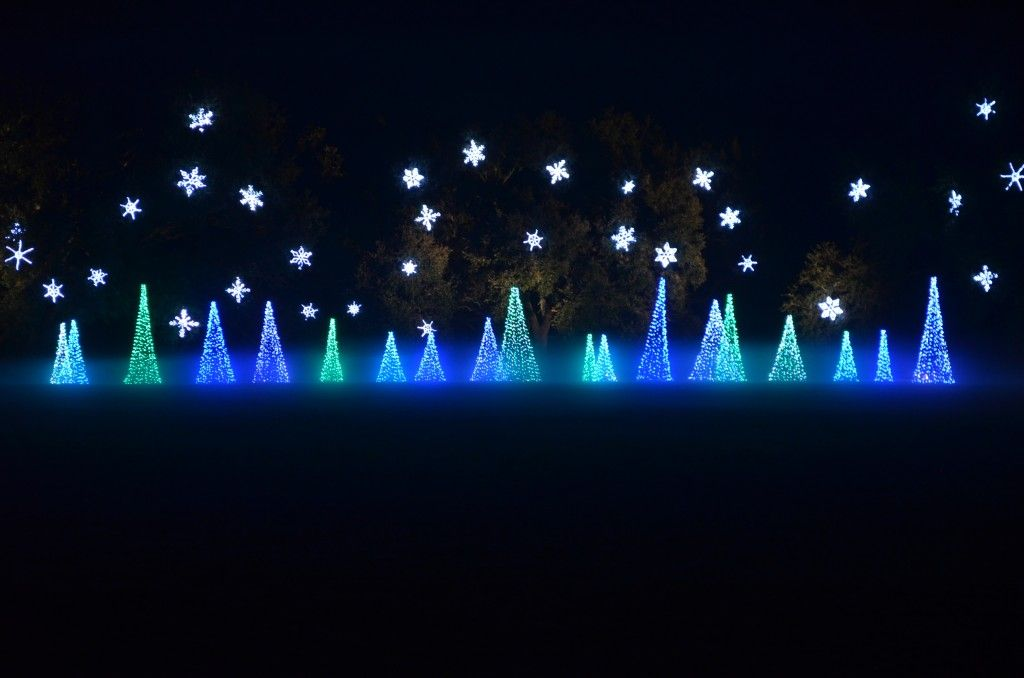 Visit tips for the Magic Christmas in Lights Bellingrath