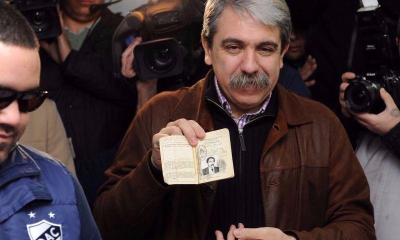 Aníbalse va de Quilmesconuna lista integrada por sindicalistas, barras y los Meiszner
