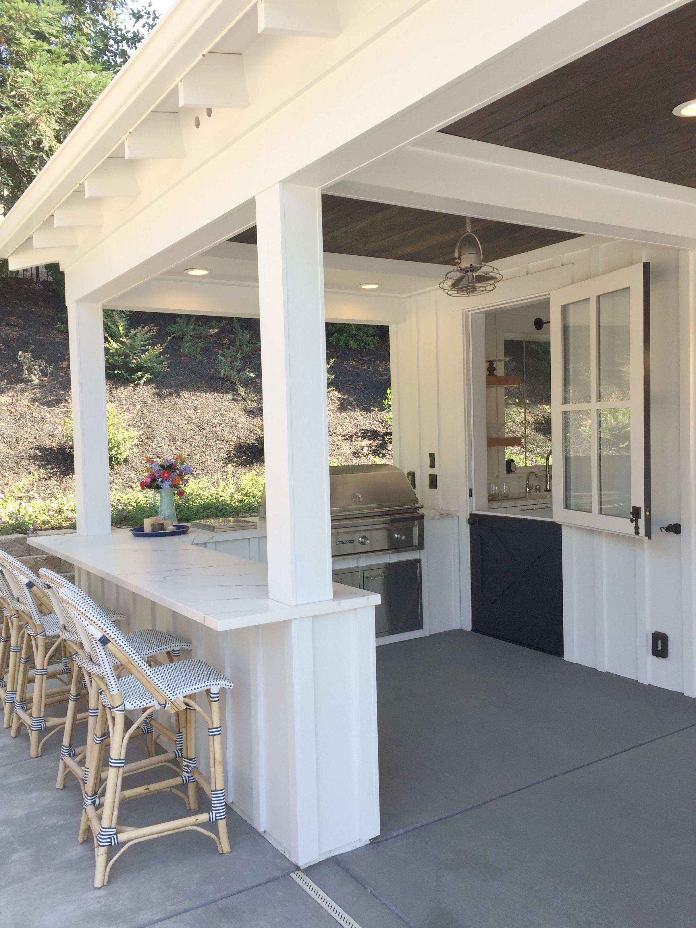 Free Landscape Design Software Uk Below Tropical Landscape Plants Once Landscaping Ideas Fo Luxury Outdoor Kitchen Outdoor Kitchen Design Outdoor Kitchen Decor