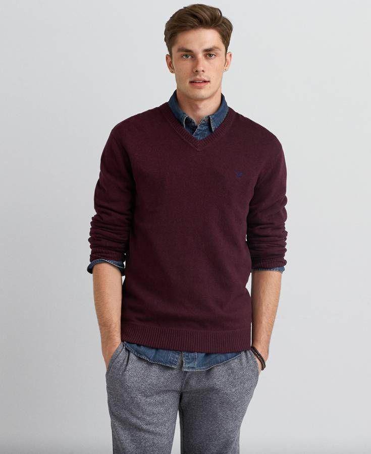 668c91f9e8b American Eagle Solid V-Neck Sweater