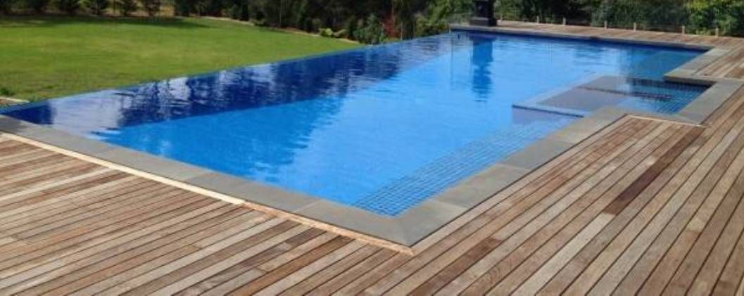 Landscaping and outdoor building the infinity edge for Pool edges design