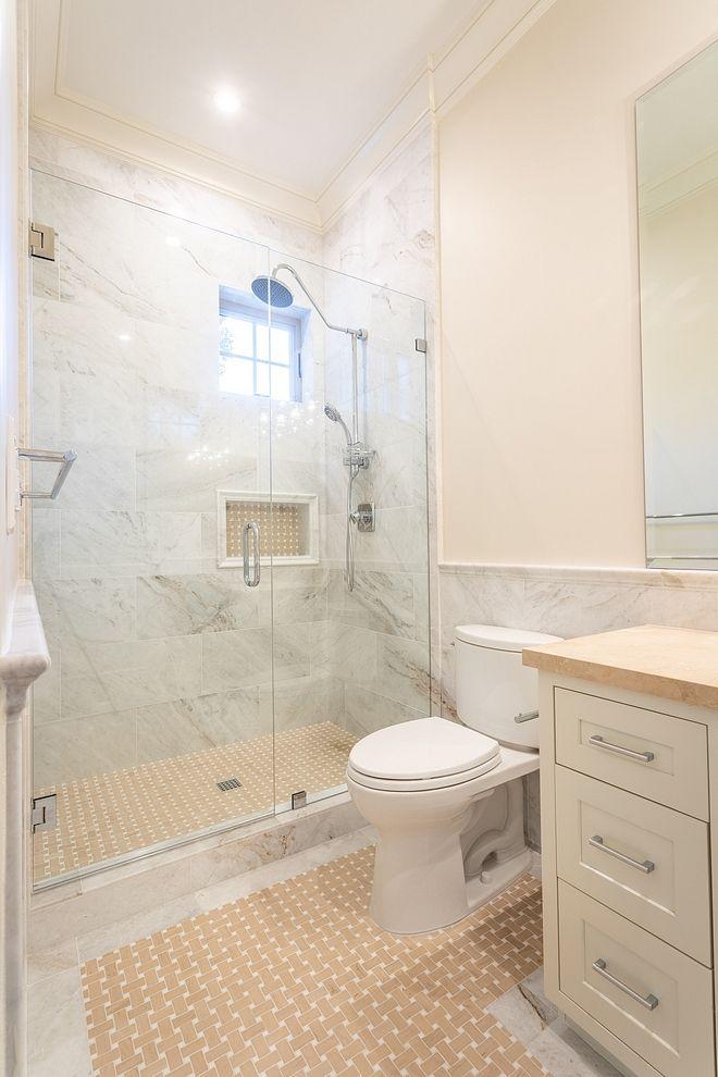 Benjamin moore 970 white down eggshell finish benjamin - Eggshell paint in bathroom ...