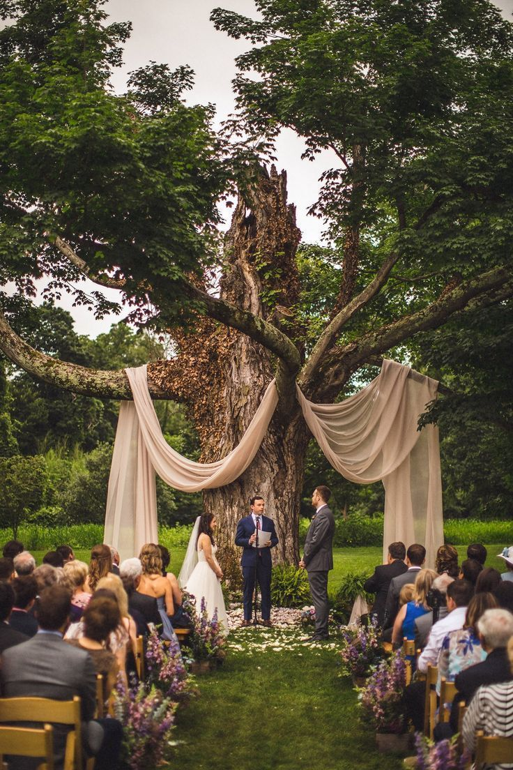 Los cuentos de hadas cobran vida en esta boda caprichosa – Hochzeit