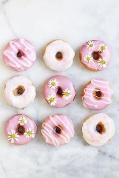 Donut Rezept: DIY Donuts backen und dekorieren   - Kinderparty -