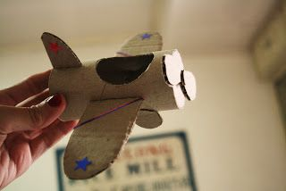 toilet paper craft: vintage airplane