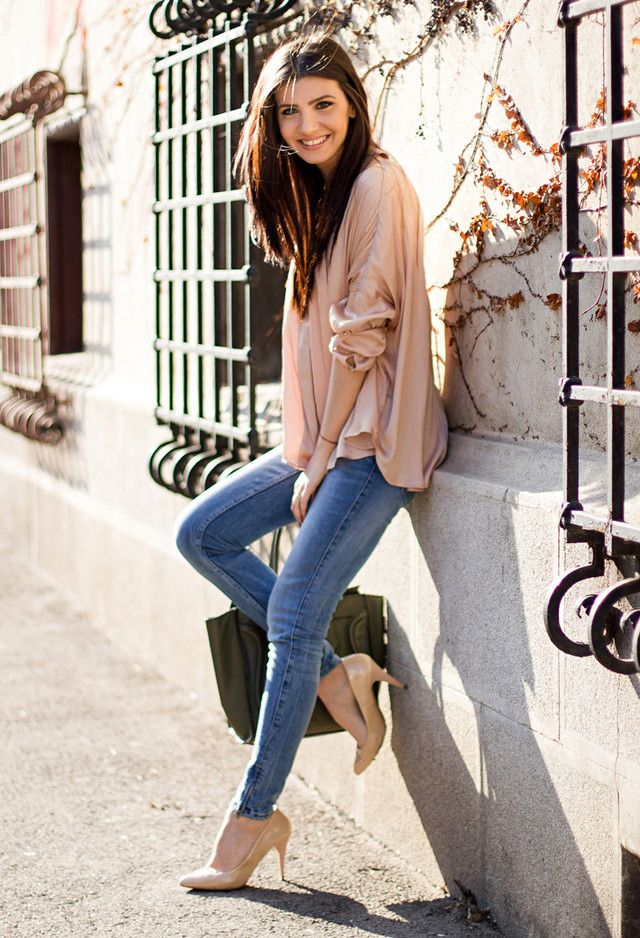Fashionable Spring Outfits for Young Women to Try