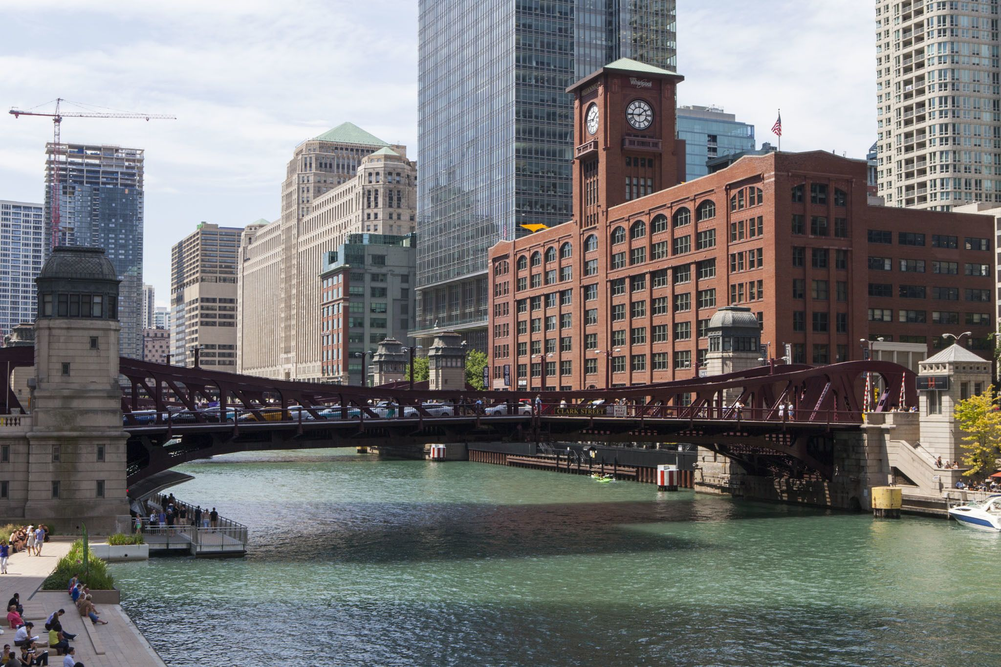 Explore the Near North Side neighborhoods of River North and Streeterville with our guide to the best restaurants, bars and things to do in one of Chicago's most happening areas.
