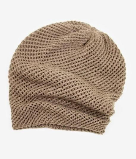 Look effortlessly chic in this casual, slouchy beanie. Throw it on and you're ready for the day.