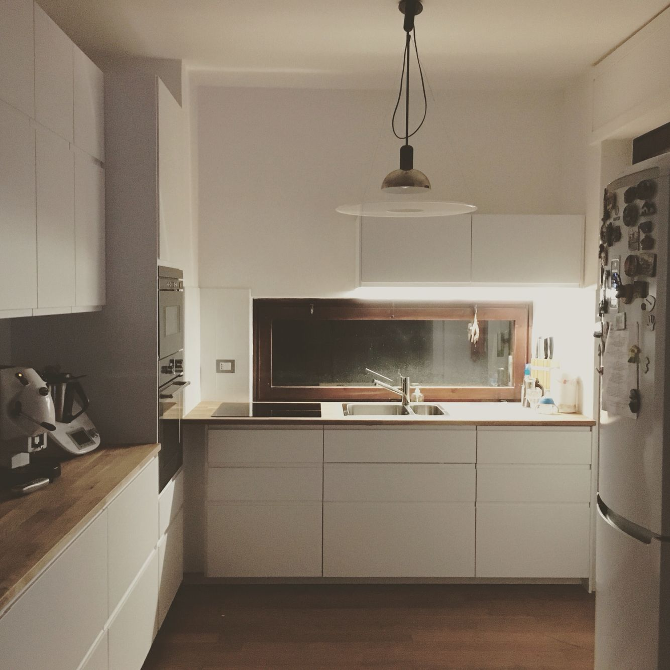 My brand new kitchen white kitchen ikea voxtorp wood home nordic home sweet home - Witte steen leroy merlin ...