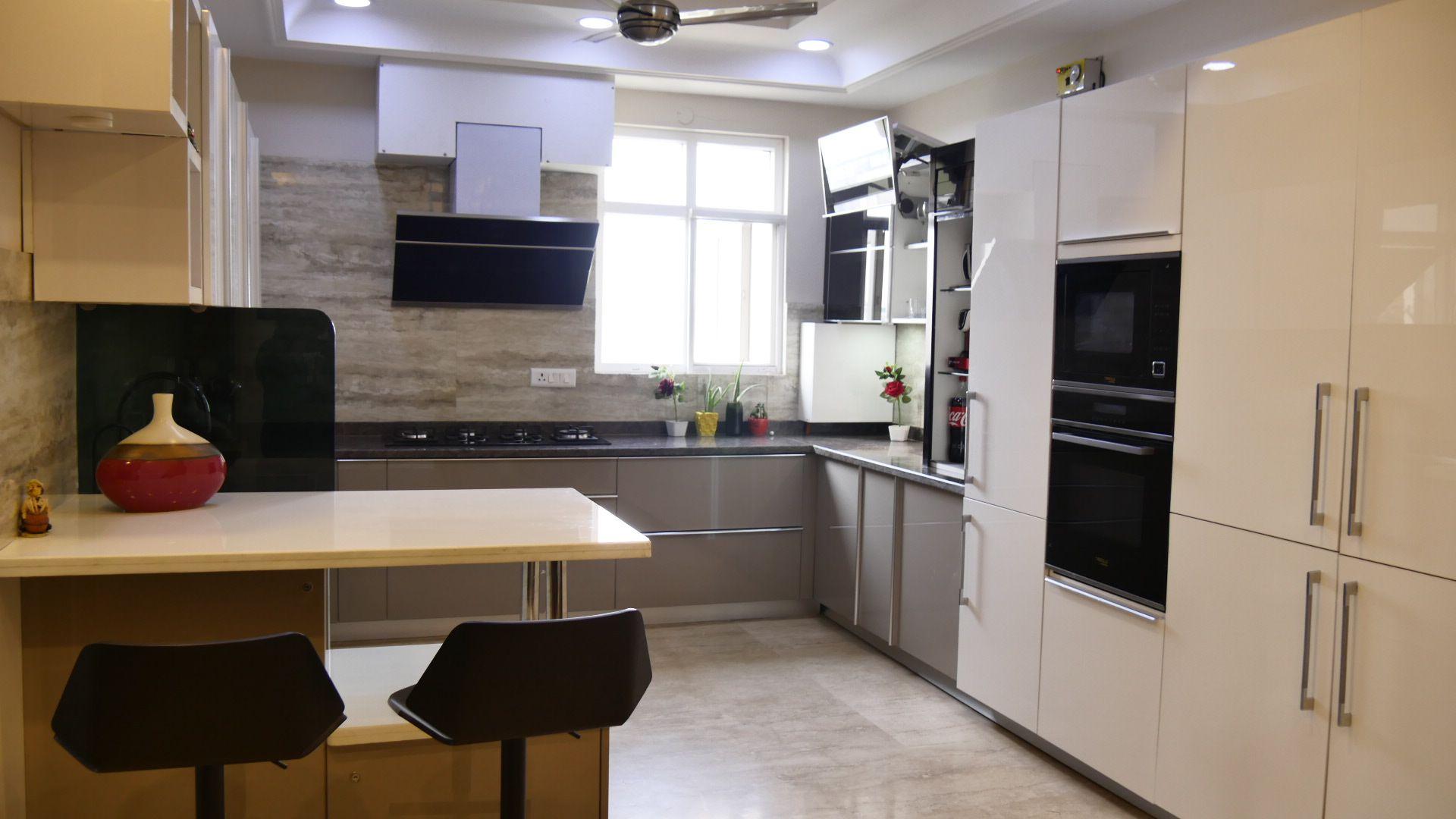 Cappuccino And White Open Modular Kitchen Kitchen Cabinet Interior Kitchen Kitchen Manufacturers