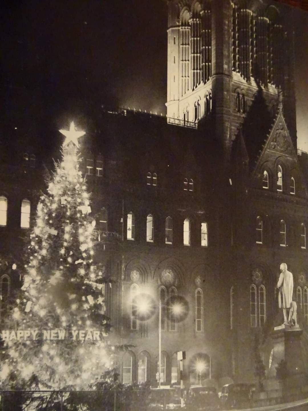 Albert Square Manchester Christmas 1953 In 2020 Manchester History Movie Posters