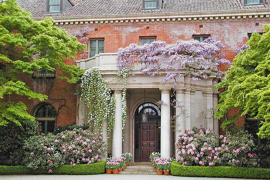 Step inside great american country houses go usa house mansions american country for Architectural digest country homes