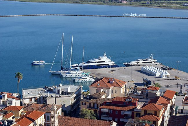 The first few of a total number of over 50 yachts participating to the 2014 Mediterranean Yacht Show have already arrived at the port of #Nafplio of May 1st.