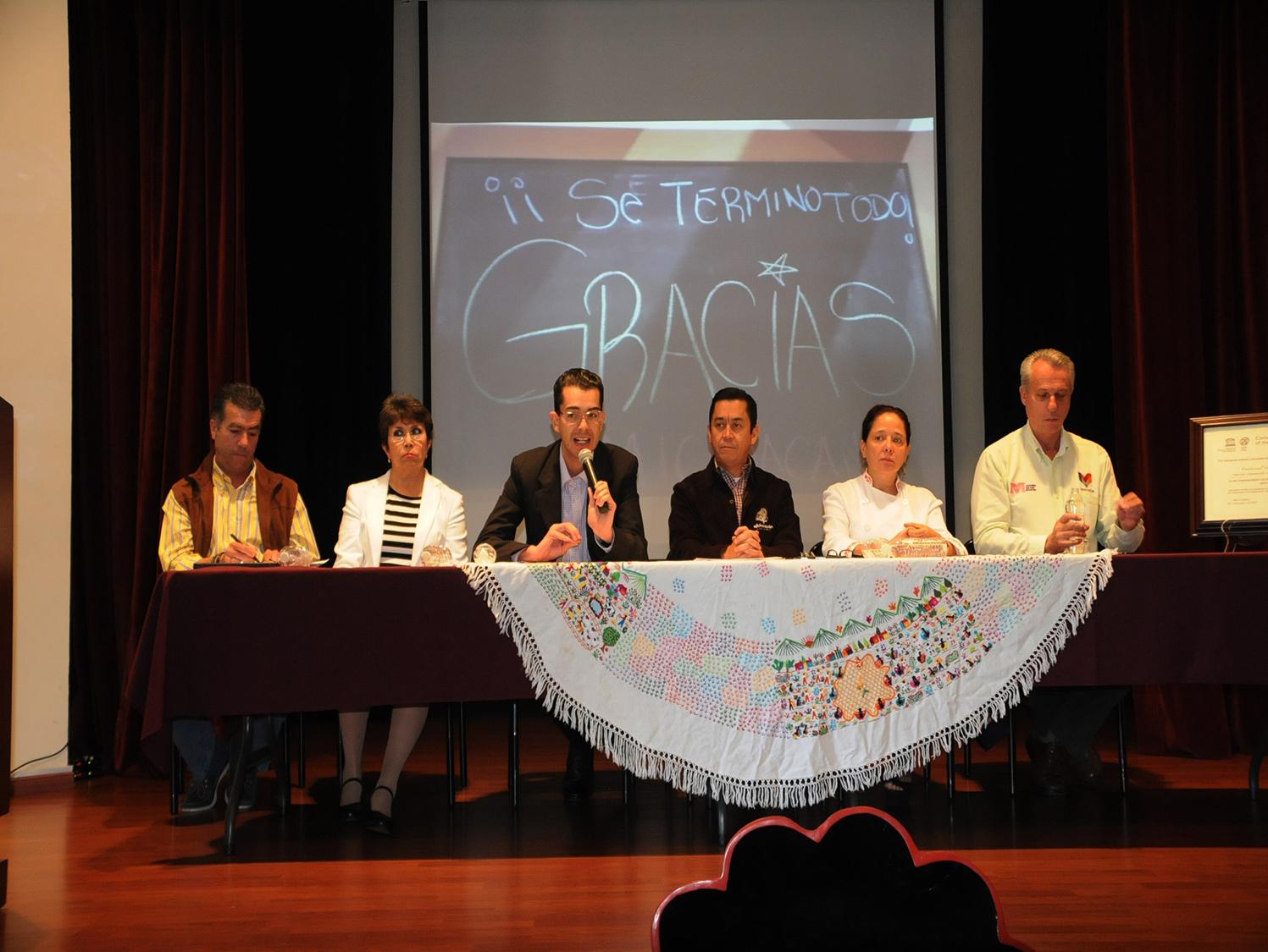 MICHOACÁN MÁGICO. En conferencia de prensa, Ávila Pedraza destacó que este foro nacional dio testimonio de los once años de experiencia que lleva Michoacán como iniciador de los Encuentros de Cocina Tradicional. HOTEL ESTEFANIA http://www.hotelestefania.com.mx/