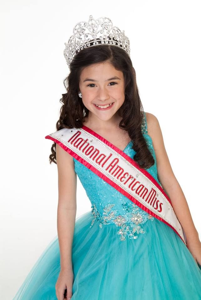 Teen model pageant