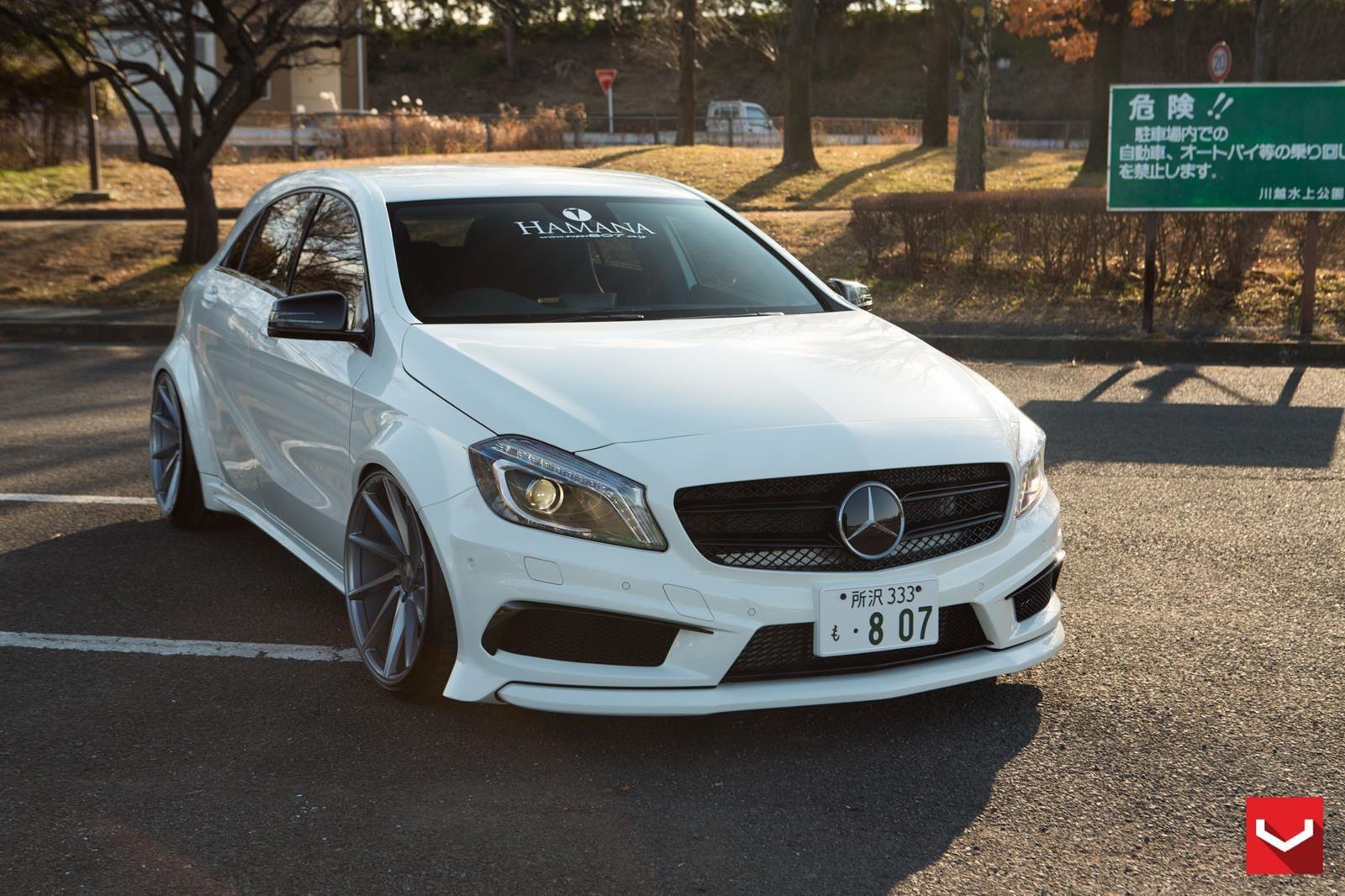 Mercedes Benz_A45 AMG_CVT_c95.jpg (1600×1066)
