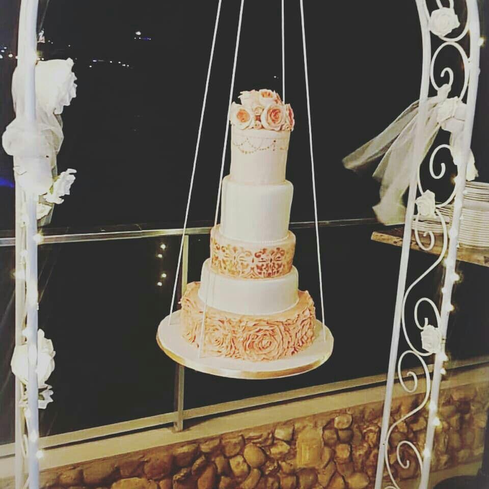 Hanging Wedding Cake Gâteau Suspendu Jet Café Beach Dakar