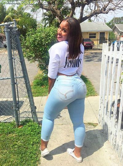 jeans Phat ass tight