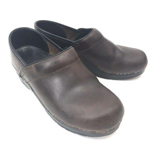 DANSKO ladies brown clogs size 38 Or 7.5-8
