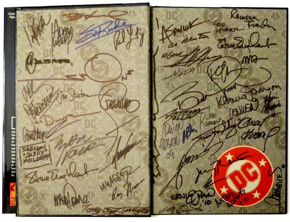 This mammoth book with over 50 signatures is our end of the year prize for 2013! want to win it? Couldn't be more simple! First, like us on facebook, then whenever we share this picture on our feed, shae it on yours for a chance to win! Got it? Good luck!