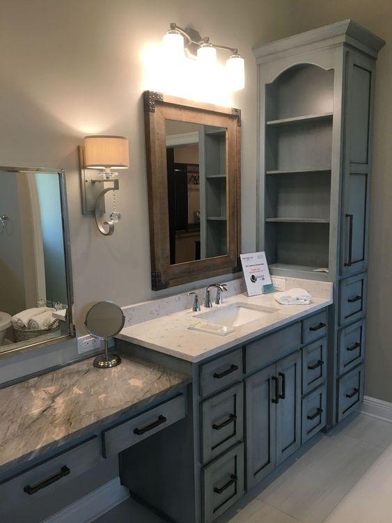 Refresh Your Bathroom With The Latest Bathroom Cabinet Trends 4 Banyo Dekorasyonu Banyo Yeniden Modelleme Banyo Makyaj Masasi