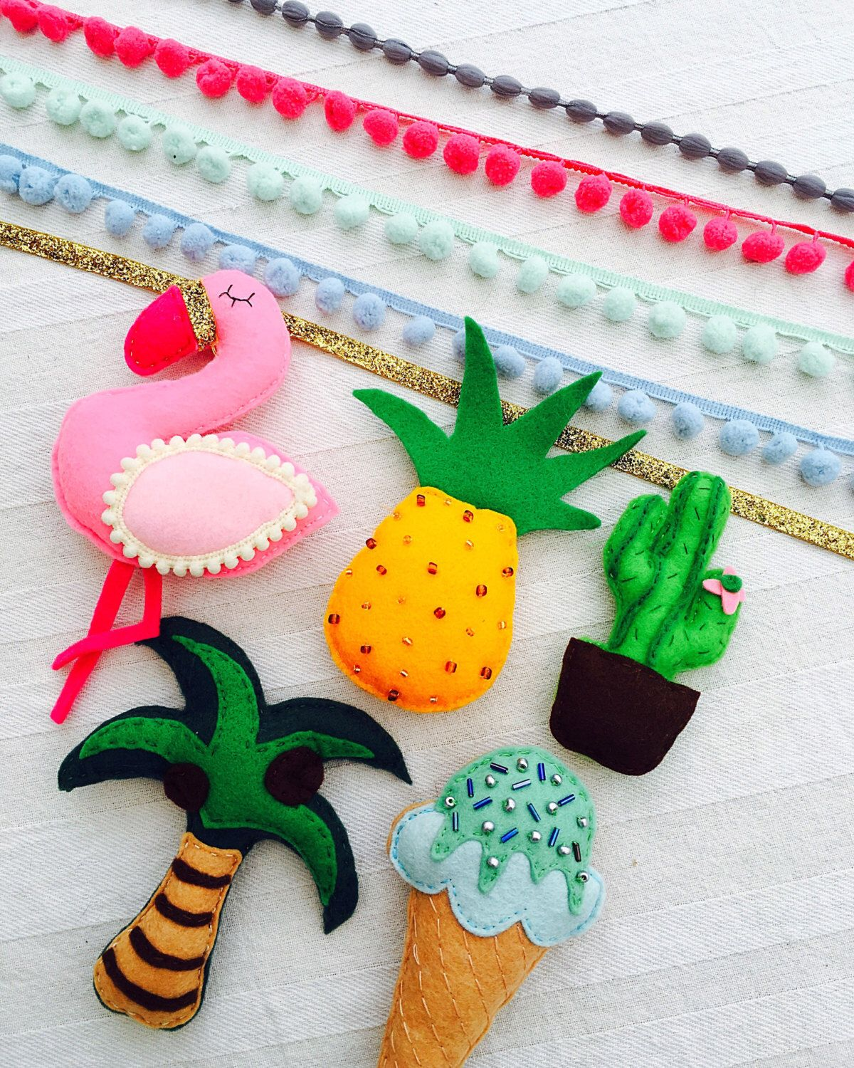 Summer themed felt garland/bunting/banner or wall hanging handmade to order with flamingos pineapples, palm trees and cactuses by TheFeltCo on Etsy https://www.etsy.com/listing/466450463/summer-themed-felt-garlandbuntingbanner