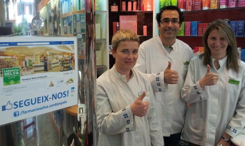 Raquel Edu Y Eva De La Farmacia Selva Cerdanyola Del Valles