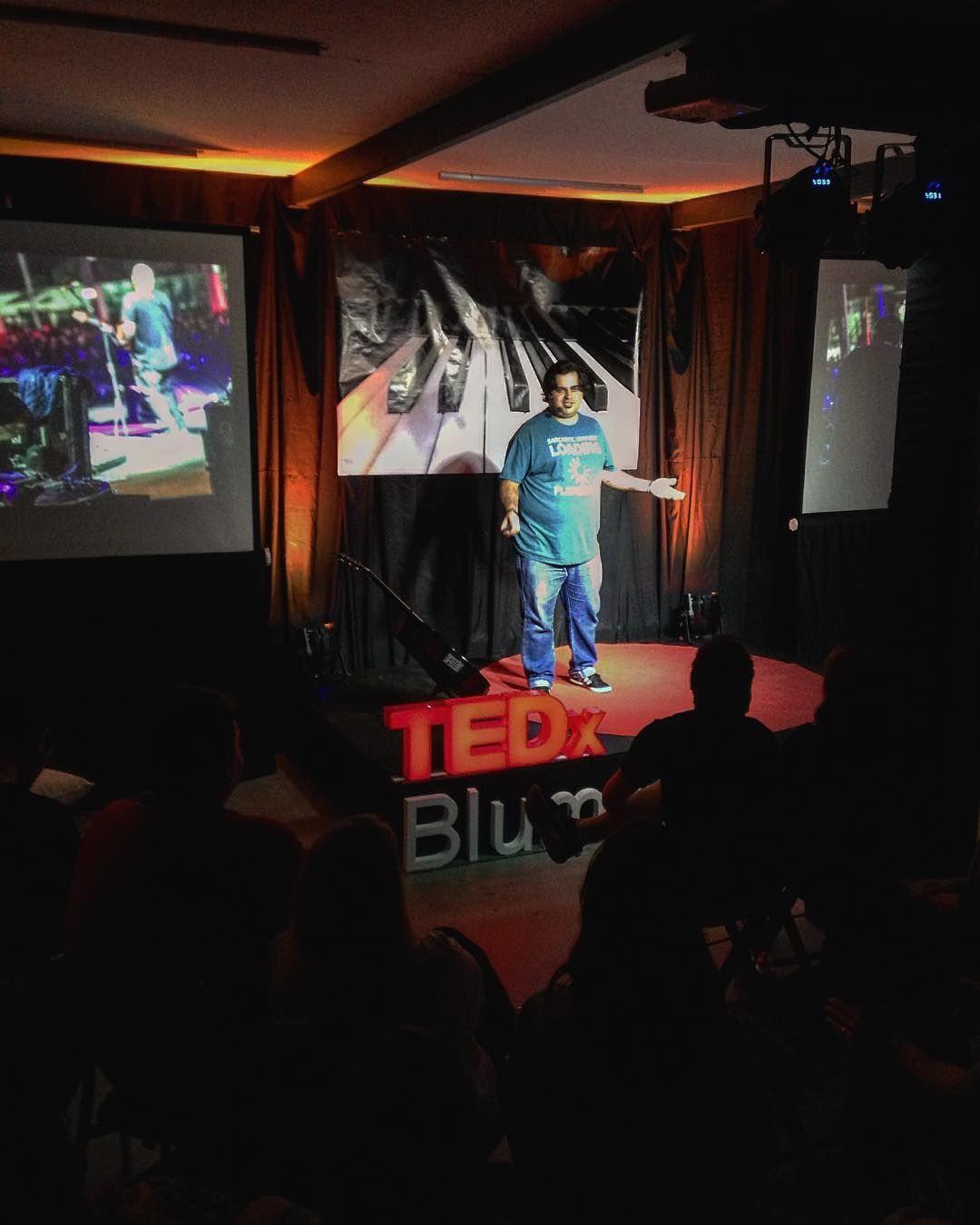 Tá tendo de novo!!! #tedxblumenausalonmúsica Muito compartilhamento de ideias e com certeza sentimentos incríveis aqui hoje