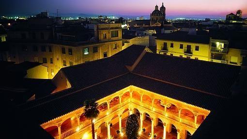 El Claustro - Granada