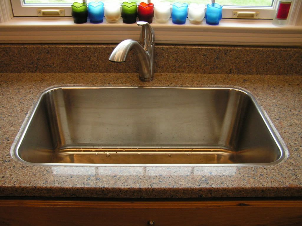 There Is A Granite Place Just North Of Where I Live That Does The Drop In Sink In The Granite They Say They Ve Patented The Process Kitchen Faucet Sink Faucet