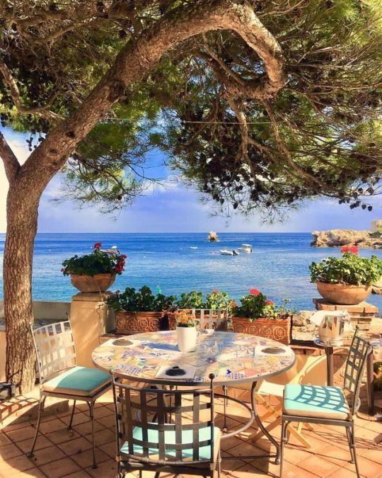 Positano, Italy shared by Shorena Ratiani on We He