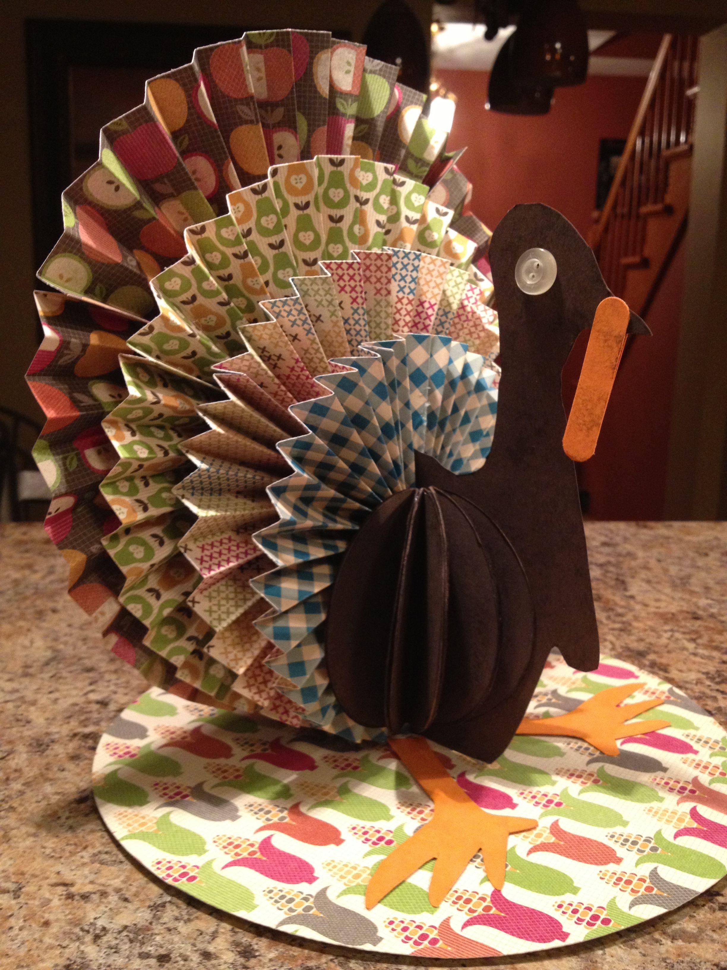 Thanksgiving paper turkey centerpiece crafts