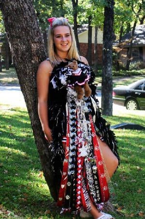 Homecoming Mums A Texas Tradition That The Girls Will Miss