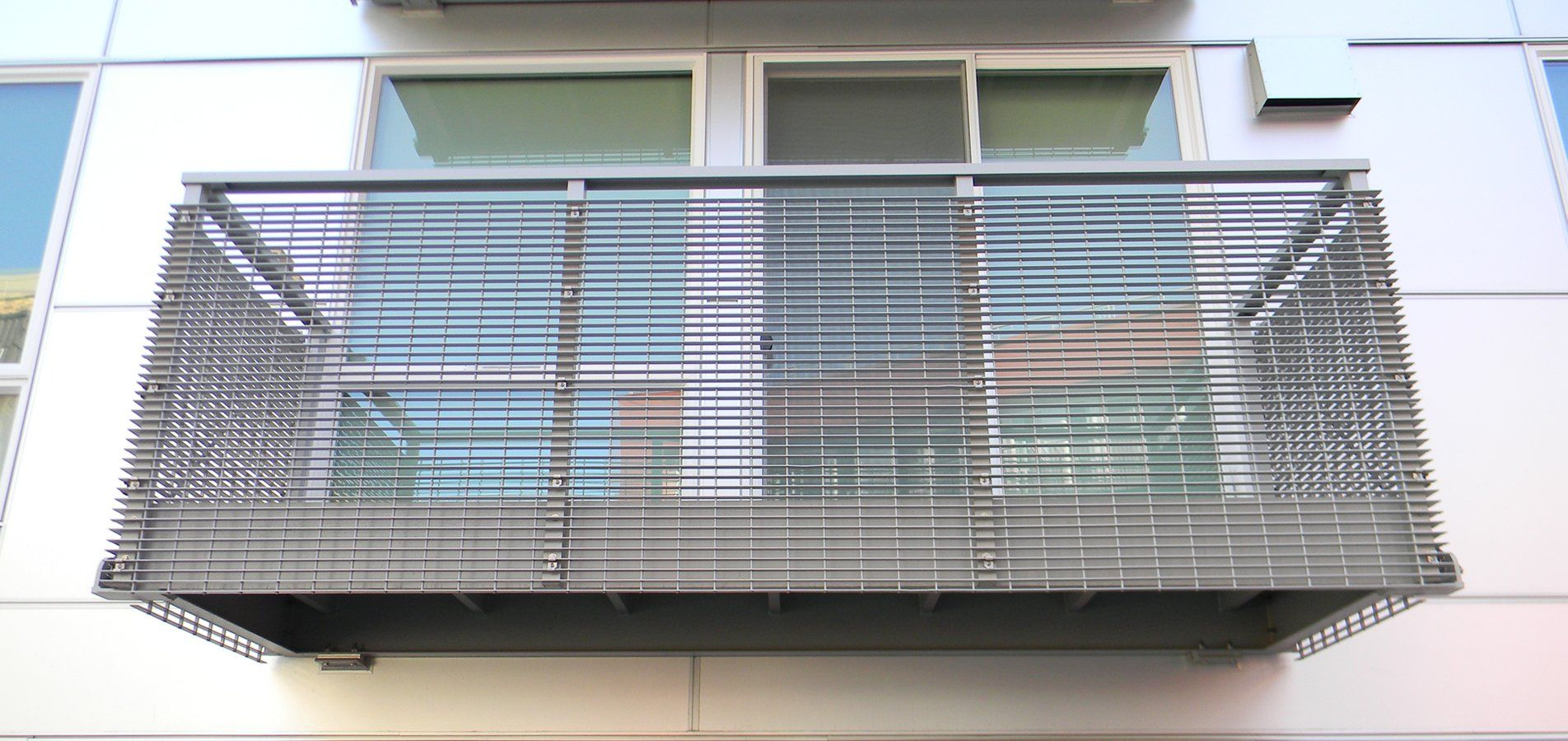 Images balconies with perforated metal google search for Balcony covering nets
