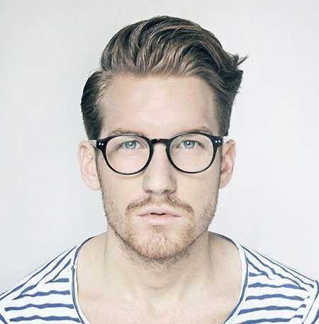 Publicidade Os óculos masculinos de grau surgiram há muitos anos e sua  função principal sempre foi melhorar a qualidade de visão e a acuidade  visual dos ... 63327ea108